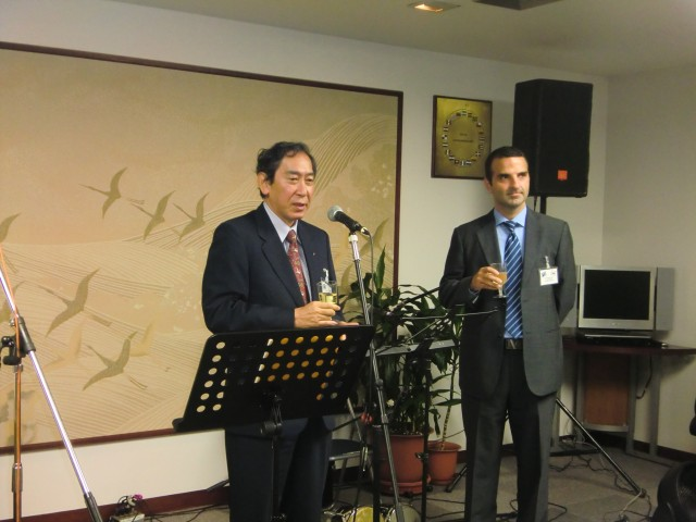 H.E. Makoto Misawa, former Japanese Ambassador to Panama, carrying out a toast at the event.