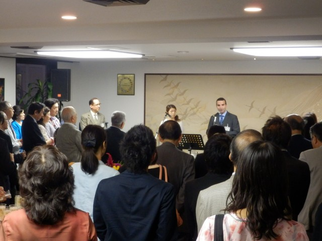 H.E. Jorge Kosmas Sifaki, Ambassador of Panama to Japan, during his opening remarks at the event.