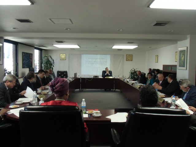 The Ambassador of Panama to Japan, presiding over a meeting of the Group of Heads of Missions of Latin-American and Caribbean Countries (GRULAC).