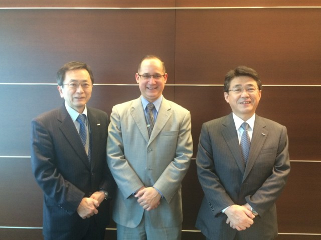From left, Mr. Osamu Shinobe, President of All Nippon Airways Co., Ltd. (ANA), H.E. Ritter N. Díaz, Ambassador of Panama to Japan, and Mr Shigeyuki Takamura, Member of the Board of Directors and Senior Executive Vice President of ANA Holdings Inc.