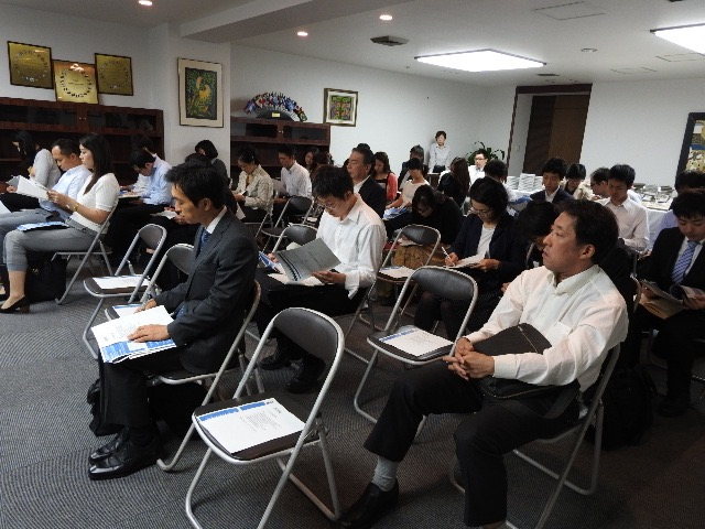 Participants during the briefing