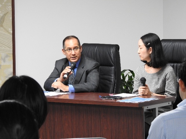 H.E. Ritter N. Diaz, Ambassador and Consul General of Panama in Tokyo, during delivering opening remarks