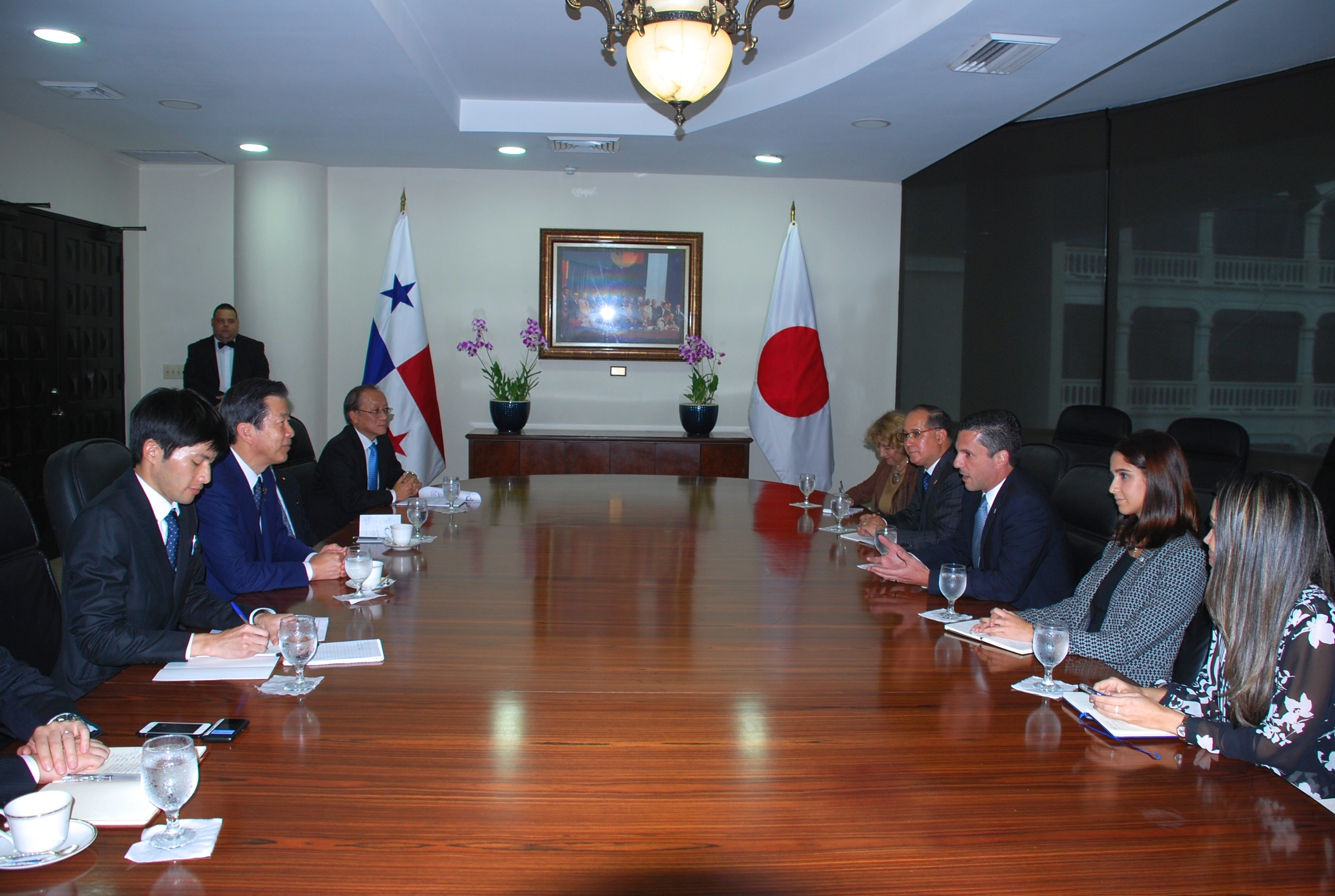 Meeting with Vice-Minister Hincapié at the Ministry of Foreign Affairs