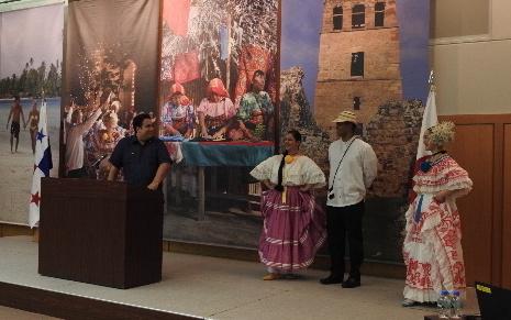 Mr. David De Leon, Chargés d'affaires a.i., delivering a presentation about Panama, on behalf of the Ambassador of Panama to Japan